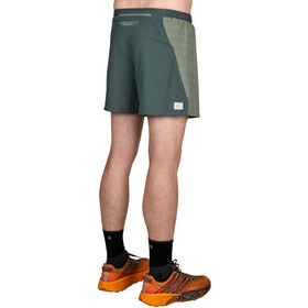 Ultimate Direction Stratus Shorts Men, camo green